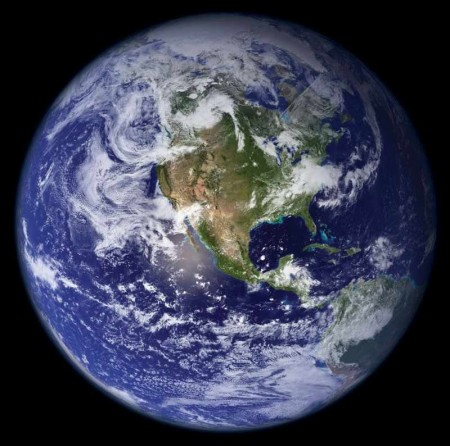 terra_dallo_spazio.jpg